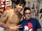 Victor Ramos faz nova tatuagem: 'Fala o quanto sou abençoado'