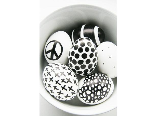 7-decoracao-ovos-de-pascoa-pinterest-preto-e-branco (Foto: Pinterest)