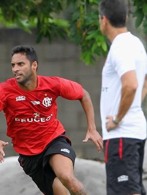 Ibson Jorginho treino Flamengo (Foto: Carlos Moraes / Ag. Estado)