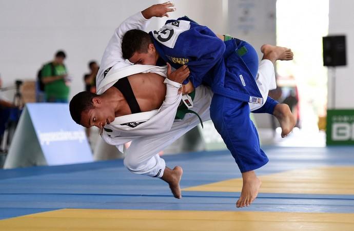 A competição de judô dos Jogos Escolares da Juventude acontece no Centro de Convenções da Paraíba (Foto: Gaspar Nóbrega/Exemplus/COB)