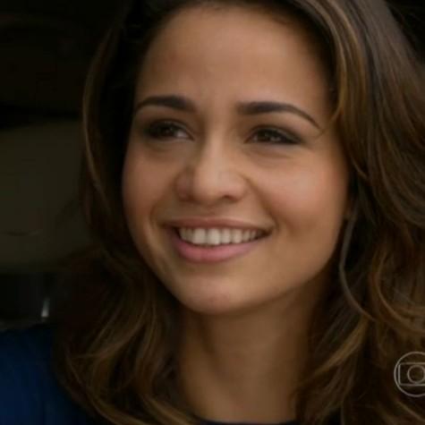 Nanda Costa em cena como Morena: reencontro com Theo (Foto: Reprodução)