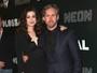 Anne Hathaway leva o marido a première de filme nos EUA
