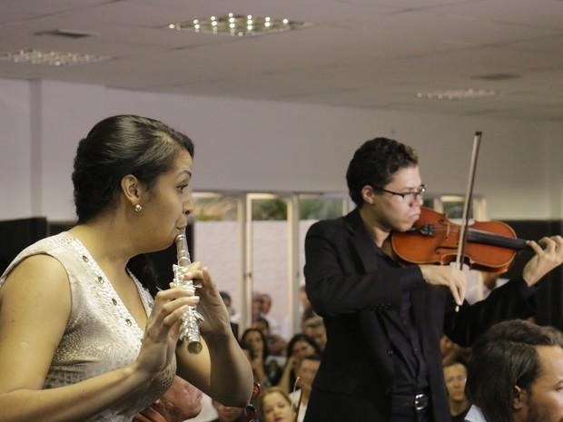 Orquestra e coral da Solibel se apresentaram na ocasião (Foto: Davi Moreira/Divulgação)