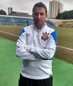 Osmar Loss, técnico do sub-20 do Corinthians (Foto: Tossiro Neto)