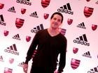Reconhece? Pedro Neschiling aparece bem diferente em evento no Rio