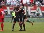 Após goleada, dupla de atacantes comemora o fim de jejum no Bota-SP