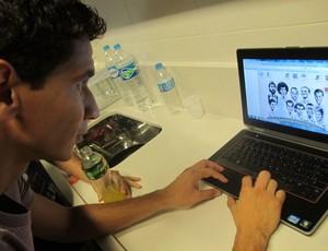 Ganso monta time em pôster do GLOBOESPORTE.COM (Foto: Marcelo Hazan/Globoesporte.com)