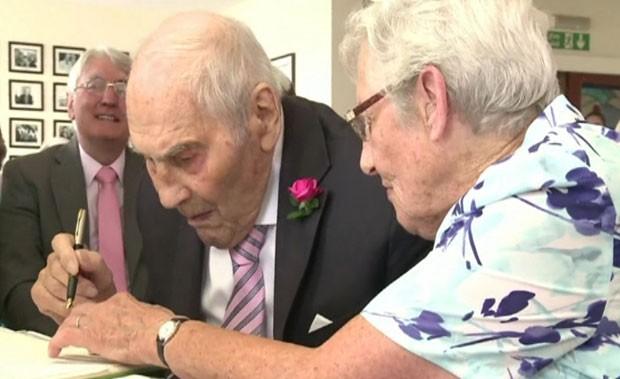 Juntos, eles têm 194 anos de idade (Foto: BBC)