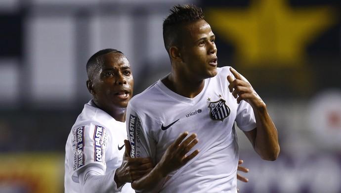 Geuvânio Robinho gol Santos São Paulo (Foto: Ricardo Saibun / Agência Estado)