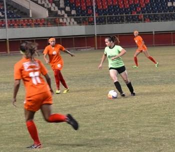 Humaitá x Andirá Seletiva de Futebol Feminino (Foto: Duaine Rodrigues)