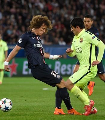 Barcelona vence PSG na França