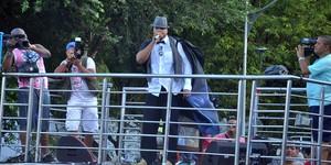 Líder do 'pagode ostentação' gasta 200 garrafas de bebida em show (Júnior Improta/Ag Haack)