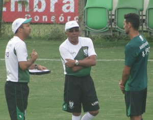 Givanildo Oliveira, Leandro Guerreiro, América-MG (Foto: Lucas Borges)