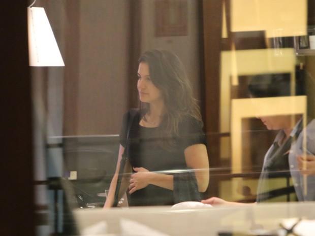 Kyra Gracie em shopping na Zona Oeste do Rio (Foto: Fabio Moreno/ Ag. News)