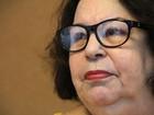 Cantora Nana Caymmi recebe alta de hospital no Rio após cirurgia
