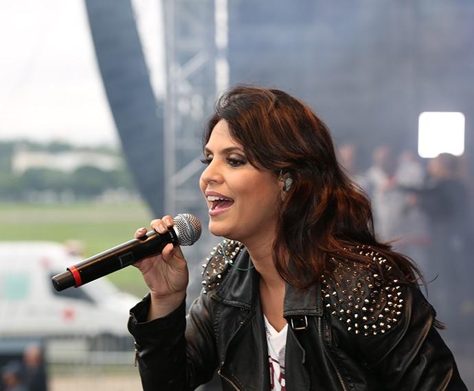 Aline Barros foi uma das atrações principais do festival (Foto: Carol Caminha/Gshow)