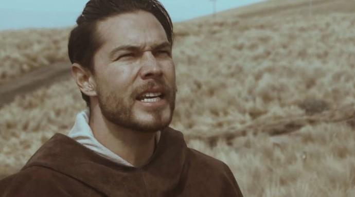 O mexicano Juno Solo gravou as vozes e violões de Let's Ride (Foto: Reprodução You Tube)