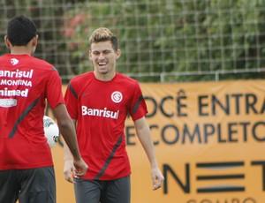Lucas Lima, meia do Inter (Foto: Diego Guichard/GLOBOESPORTE.COM)
