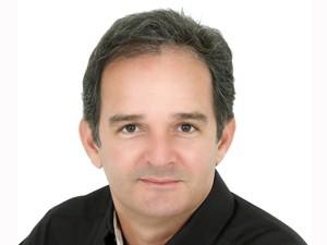 Araken Farias