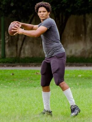 Jalder Santos, quarterback do Rio Branco Futebol Americano (Foto: Jana Aguiar)