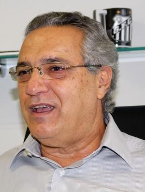 Dagoberto Santos, diretor do Santos (Foto: Bruno Giufrida)