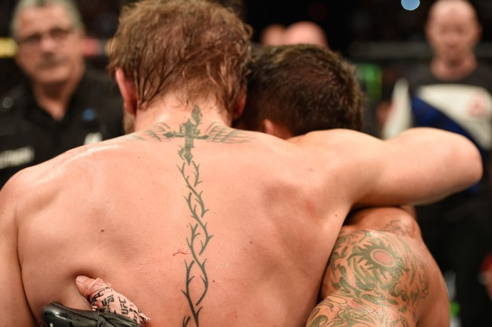 Conor McGregor e Chad Mendes UFC 189 (Foto: Getty Images)