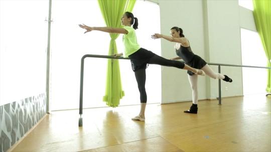 Balé funcional: mistura que alonga, tonifica e relaxa o corpo e a mente