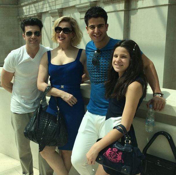Claudia Raia e familia (Foto: Instagram/Reprodução)