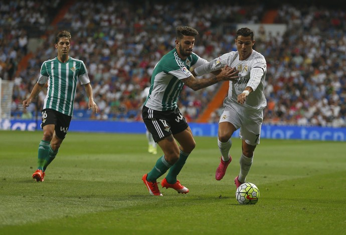 Cristiano Ronaldo Real Madrid x Betis (Foto  AP) 434b95b9a3b33
