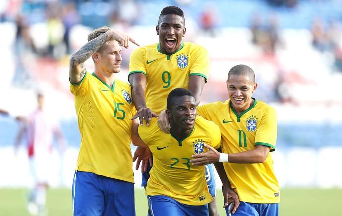 Mamute Comemoração do Brasil contra o Paraguai (Foto: Rafael Ribeiro / CBF)