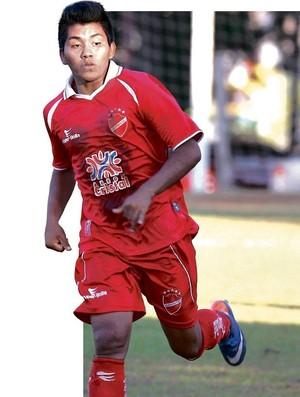 Índio Bebeto Kuikuro, jovem atacante do Vila Nova (Foto: Renato Conde/O Popular)