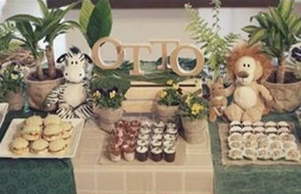 Junior Lima e Mônica Benini fazem chá de bebê vegetariano para Otto
