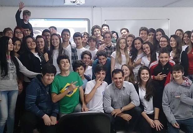 Projeto encerrou com 2 mil alunos beneficiados em Chapecó (Foto: RBS TV/Divulgação)