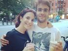 Sem maquiagem, Ivete Sangalo passeia com o marido Daniel Cady