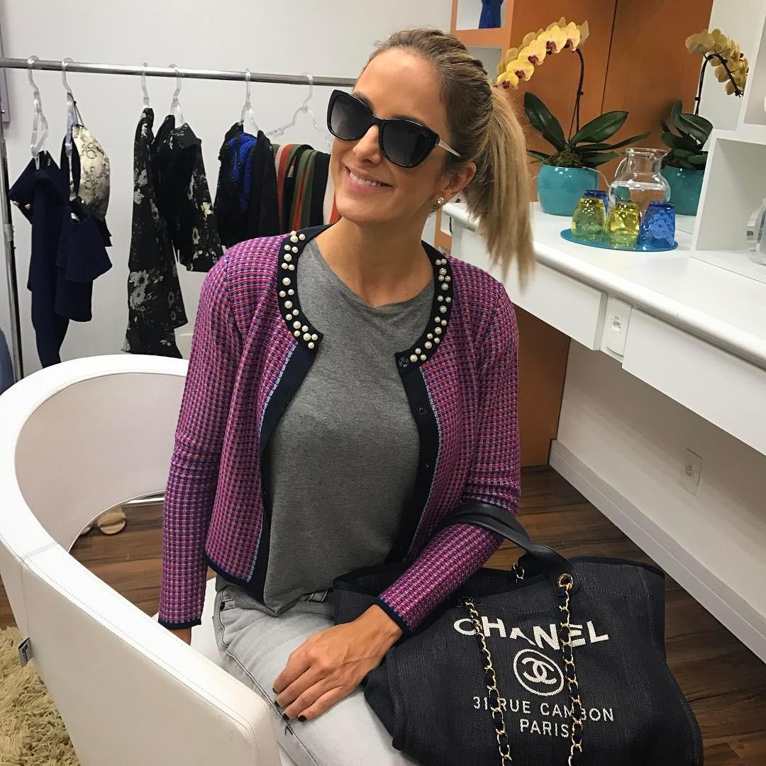 Ticiane Pinheiro e sua Chanel (Foto: Reprodução/ Instagram)