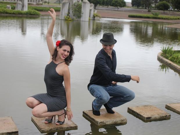 Professora Ana Diniz é do grupo de dança Corazón Salsero (Foto: Dario Morais)