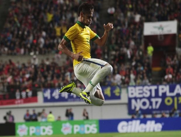 Depois de passar pela Coreia do Sul, Neymar e cia. pegam a Zâmbia em Pequim (Foto: AP)