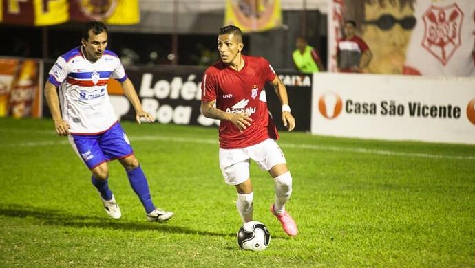 Calyson, meia-atacante do Sergipe (Foto: Gleyson Prado/CSS)