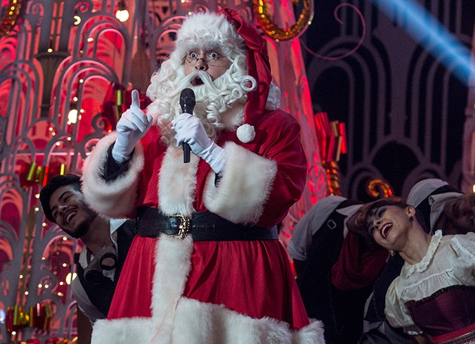 Tiago Abravanel se vestiu de Papai Noel durante especial de fim de ano (Foto: Pedro Curi/TV Globo)