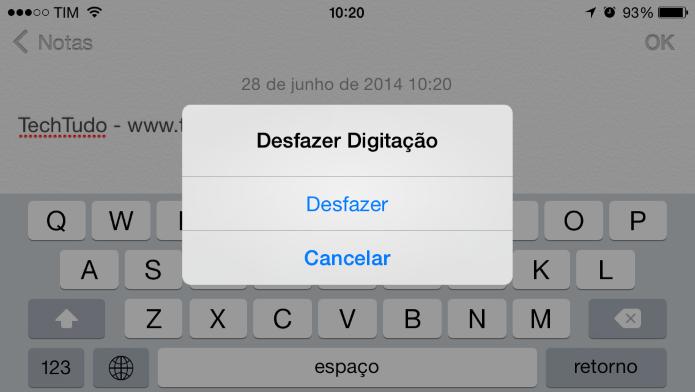 Desfazendo digitação no iPhone (Foto: Reprodução/Helito Bijora)