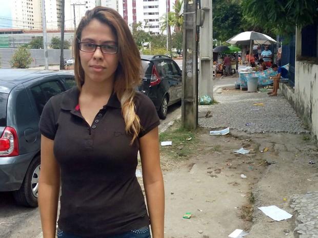 Thamiris estava cuidando do pai e se atrasou, mas garante que próximo ano vai tentar de novo (Foto: Marina Barbosa / G1)