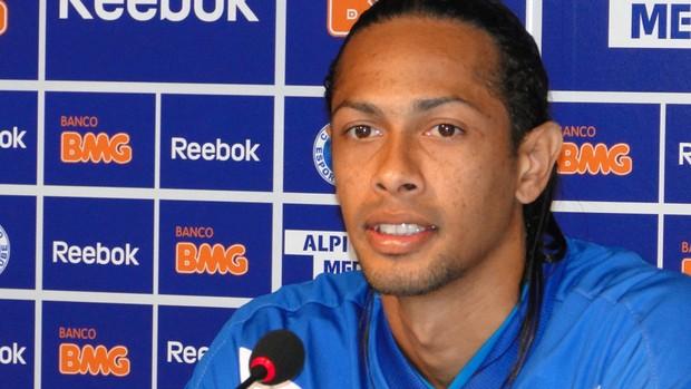 Fabio Lopes coletiva Cruzeiro (Foto: Marco Antônio Astoni / Globoesporte.com)