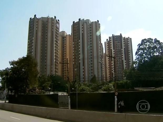 Condomínio onde ocorreu caso em Pirituba, na Zona Norte de SP (Foto: Reprodução/TV Globo)