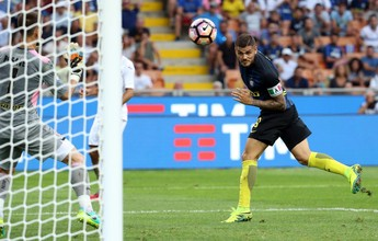 Esperando Gabigol, Inter sofre, marca com Icardi, mas fica no empate