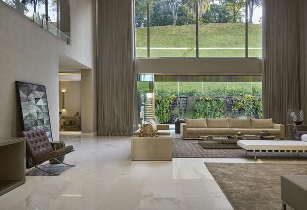 Casa espa osa marcada por luxo e modernidade casa vogue for Ambientes interiores de casas