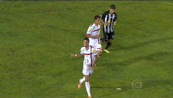 Daniel Amorim atacante Tombense (Foto: Reprodução/TV Integração)