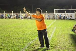 Célio Ivan também orienta o Tocantins (Foto: Vilma Nascimento/GloboEsporte.com)