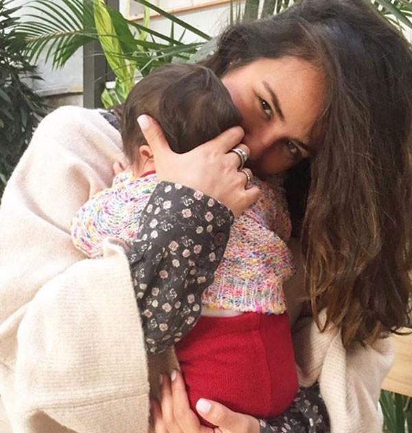 Yanna Lavigne com a filha (Foto: Reprodução/Instagram)
