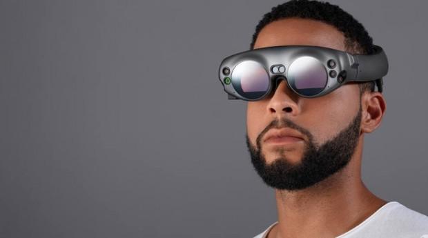 Os futuristas óculos de realidade aumentada Lightwear são a parte mais importante do Magic Leap One Creator Edition, previstos para chegar ao mercado em 2018 (Foto: DIvulgação/Magic Leap)