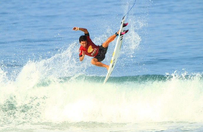 Flávio Nakagima SuperSurf surfe (Foto: Pedro Monteiro/SuperSurf)